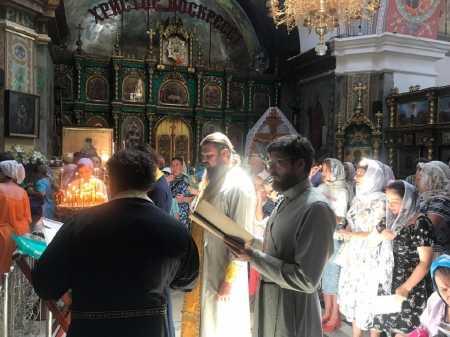 Совершен молебен с акафистом у раки с мощами Святителя Луки архиепископа Симферопольского и Крымского в Свято-Троицком монастыре в г.Симферополь