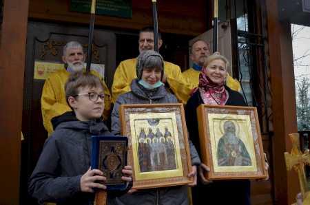 Приход храма Священномученика Ермогена в Зюзине отметил малый престольный праздник
